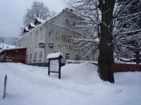 Hotýlek 21. 3. 2013 - na sjezdovce 40 cm sněhu
